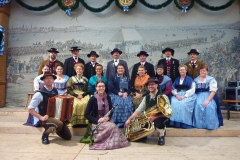 8_Donaugau_Volkstanzgruppe